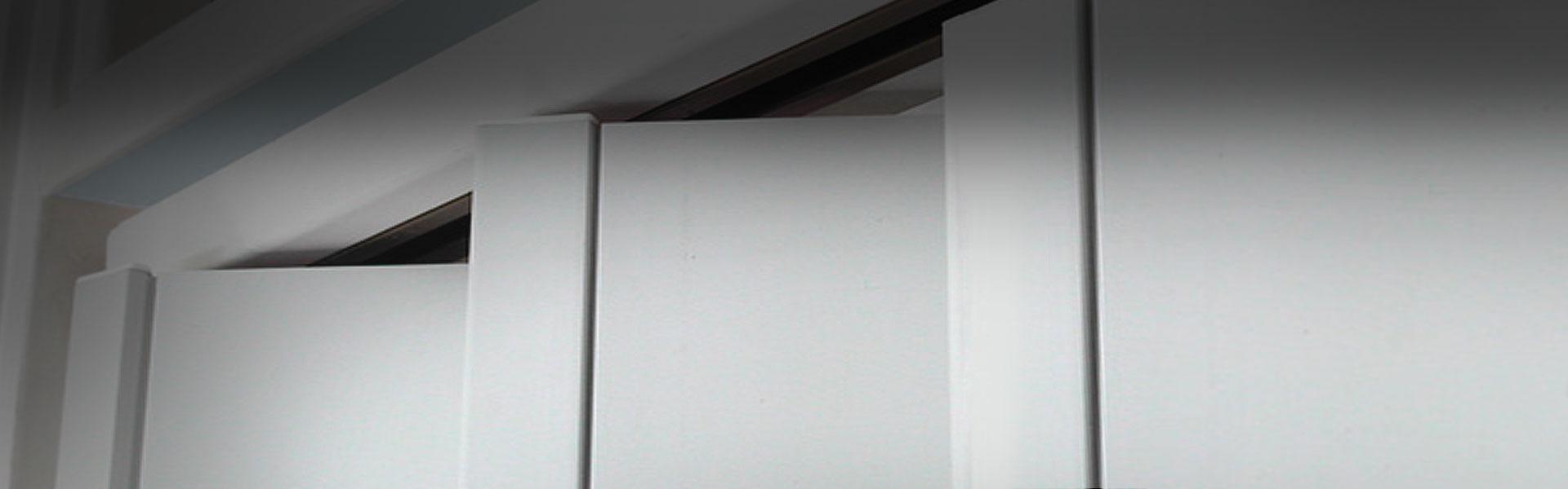 http://stin.cz/uploads//images/horni-banner/shrnovaci-dvere.jpg